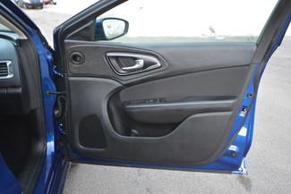 2016 Chrysler 200 Limited Naugatuck, Connecticut 10