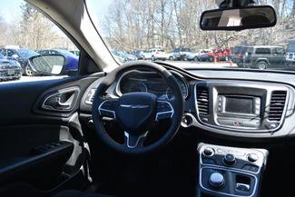 2016 Chrysler 200 Limited Naugatuck, Connecticut 13
