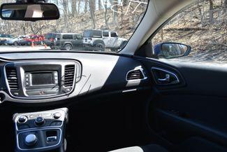 2016 Chrysler 200 Limited Naugatuck, Connecticut 15