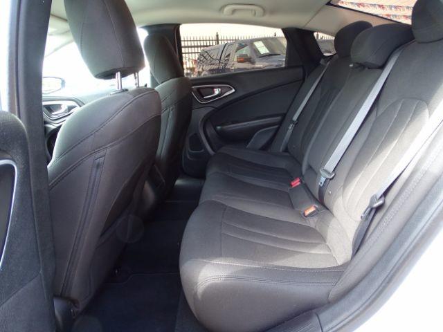 2016 Chrysler 200 Limited San Antonio , Texas 14