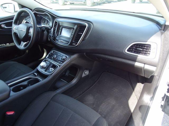 2016 Chrysler 200 Limited San Antonio , Texas 26