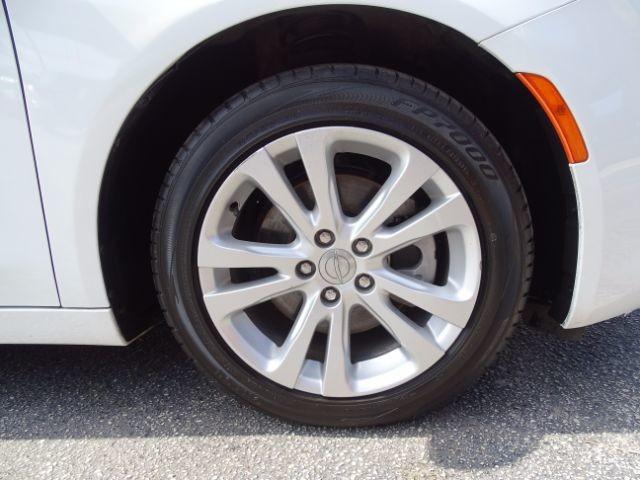 2016 Chrysler 200 Limited San Antonio , Texas 29