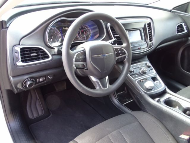 2016 Chrysler 200 Limited San Antonio , Texas 8