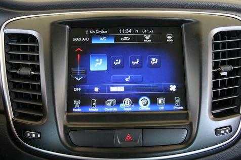 2016 Chrysler 200 Limited in Vernon, Alabama