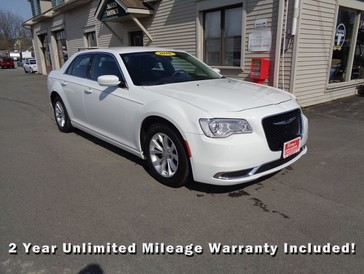2016 Chrysler 300 Limited in Brockport