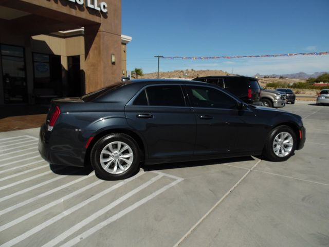2016 Chrysler 300 Limited Bullhead City, Arizona 8