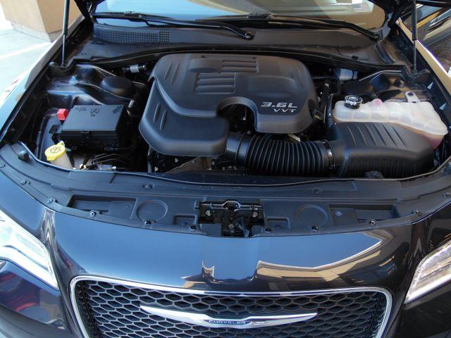 2016 Chrysler 300 Limited Bullhead City, Arizona 32