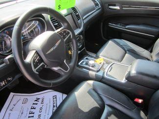 2016 Chrysler 300 Limited Houston, Mississippi 6