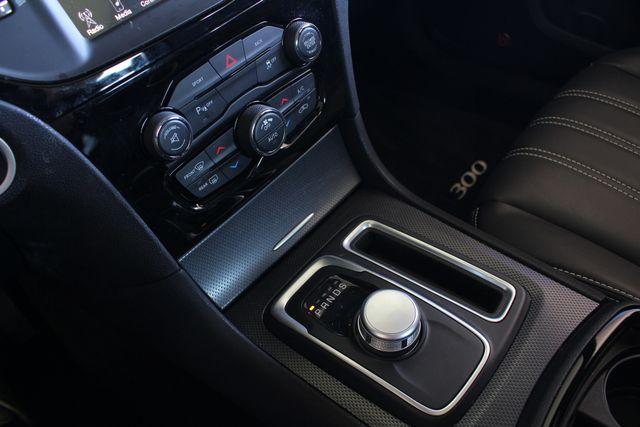 2016 Chrysler 300 300S AWD W/ PREMIUM GRP - NAV - PANO SUNROOFS! Mooresville , NC 41