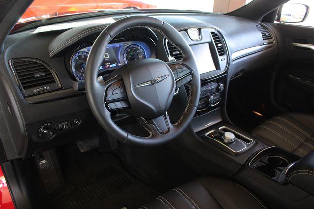 2016 Chrysler 300 300S AWD W/ PREMIUM GRP - NAV - PANO SUNROOFS! Mooresville , NC 33
