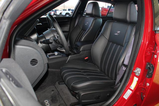 2016 Chrysler 300 300S AWD W/ PREMIUM GRP - NAV - PANO SUNROOFS! Mooresville , NC 9