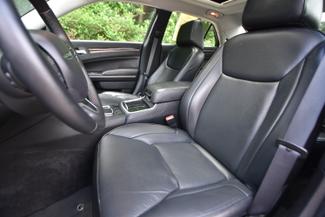 2016 Chrysler 300 C Naugatuck, Connecticut 18