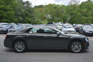 2016 Chrysler 300 C Naugatuck, Connecticut 5