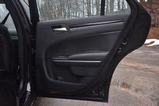 2016 Chrysler 300 Limited Naugatuck, Connecticut 9