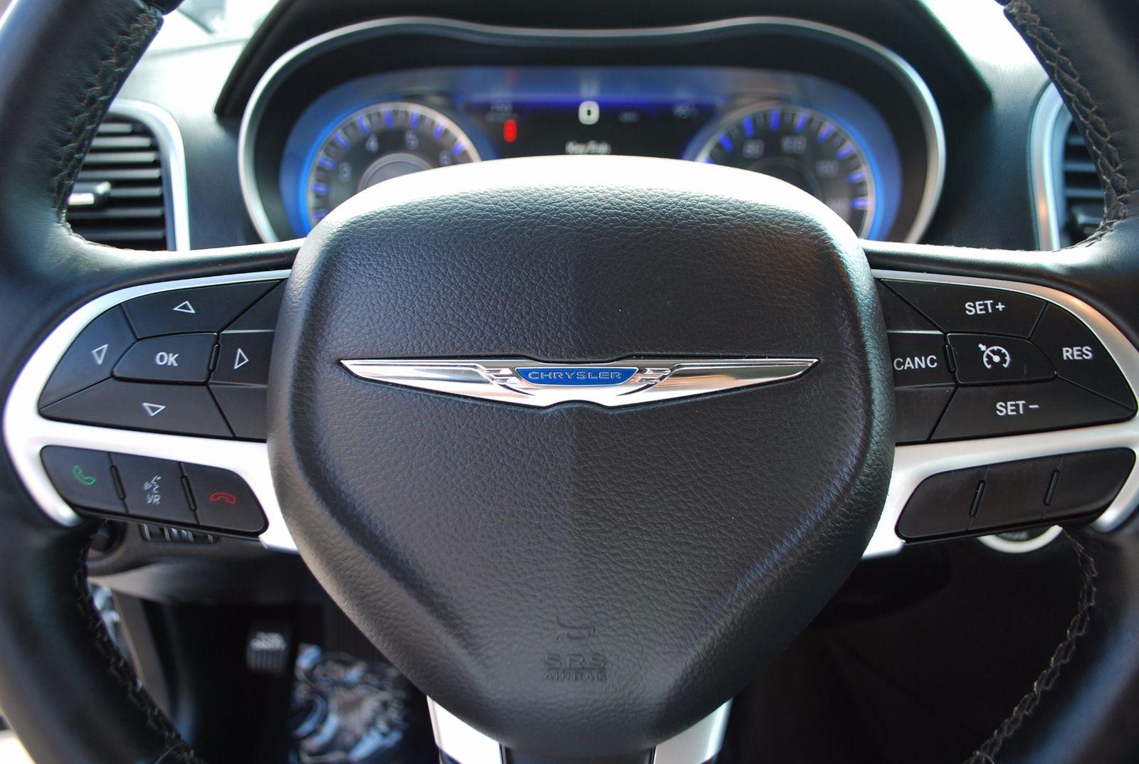 100 chrysler steering wheel 2018 chrysler pacifica for English motors brownsville tx