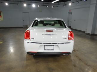 2016 Chrysler 300C Base Little Rock, Arkansas 5