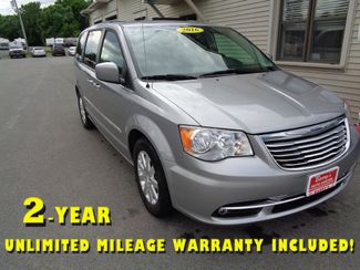 2016 Chrysler Town & Country in Brockport, NY