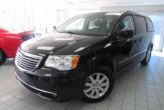 2016 Chrysler Town & Country Touring W/ DVD/ BACK UP CAM Chicago, Illinois 2