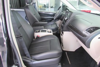 2016 Chrysler Town & Country Touring W/ DVD/ BACK UP CAM Chicago, Illinois 12