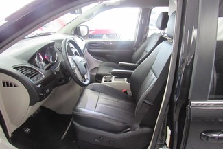 2016 Chrysler Town & Country Touring W/ DVD/ BACK UP CAM Chicago, Illinois 7