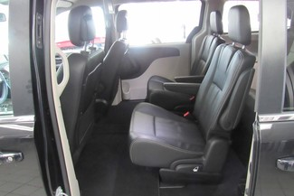 2016 Chrysler Town & Country Touring W/ DVD/ BACK UP CAM Chicago, Illinois 8