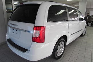 2016 Chrysler Town & Country Touring W/ NAVI/DVD/ BACK UP CAM Chicago, Illinois 2