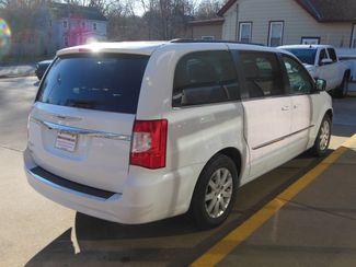 2016 Chrysler Town & Country Touring Clinton, Iowa 2
