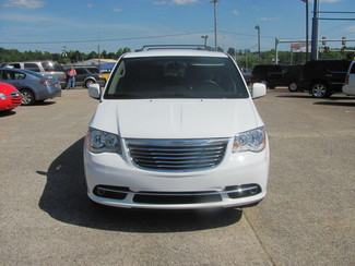 2016 Chrysler Town & Country Touring Dickson, Tennessee 2