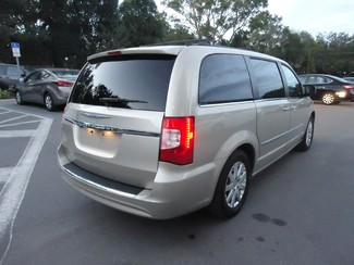 2016 Chrysler Town & Country Touring SEFFNER, Florida 32