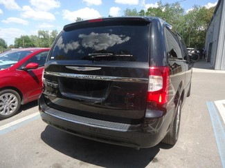 2016 Chrysler Town & Country Touring SEFFNER, Florida 11