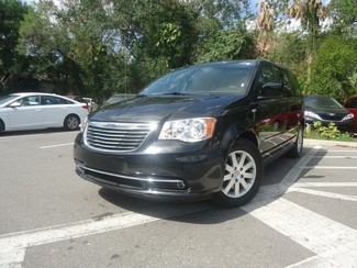 2016 Chrysler Town & Country Touring SEFFNER, Florida 4