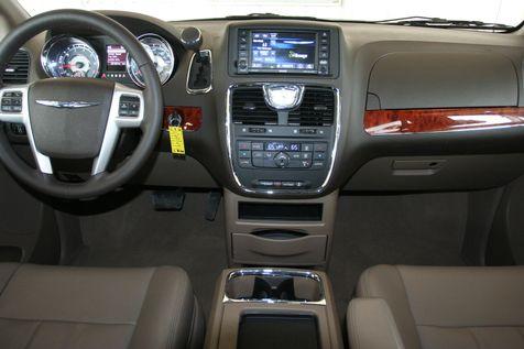 2016 Chrysler Town & Country Touring in Vernon, Alabama