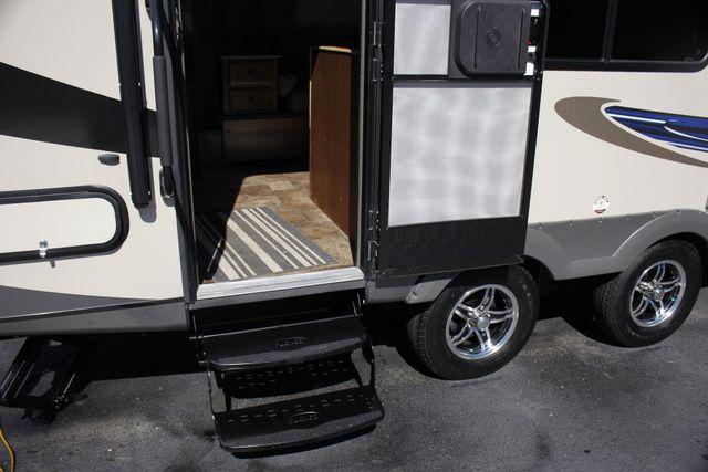 2014 Coachmen Freedom Express 246RKS Mooresville , NC 10