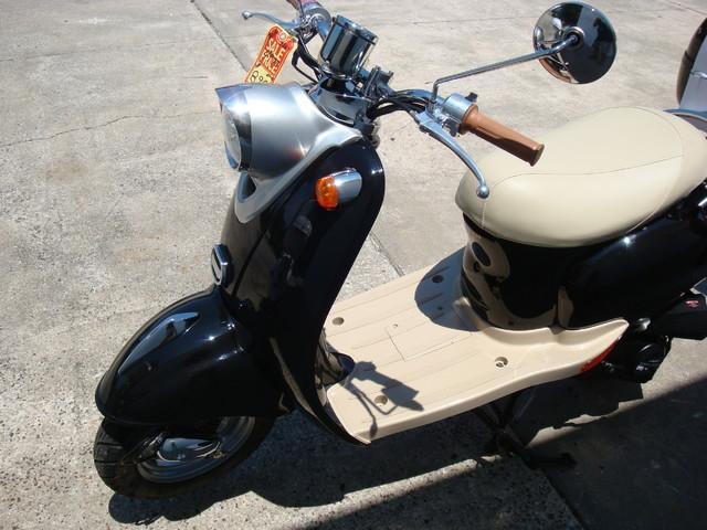 2016 Daix 49cc scooter retro Daytona Beach, FL 6