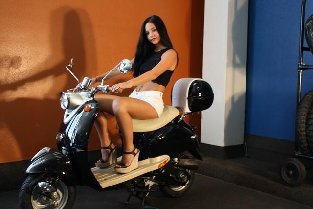 2016 Daix 49cc scooter retro Daytona Beach, FL 2