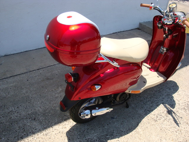 2016 Daix 49cc scooter retro Daytona Beach, FL 4