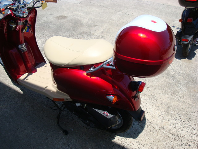 2016 Daix 49cc scooter retro Daytona Beach, FL 5