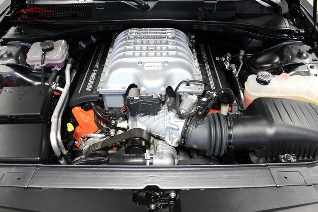 2016 Dodge Challenger SRT Hellcat Merrillville, Indiana 8