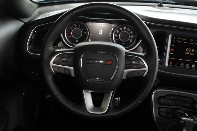 2016 Dodge Challenger SXT Plus - HEATED/COOLED LEATHER! Mooresville , NC 4