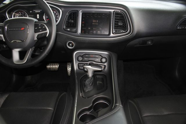 2016 Dodge Challenger SXT Plus - HEATED/COOLED LEATHER! Mooresville , NC 8