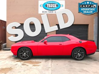 2016 Dodge Challenger in Pleasanton TX