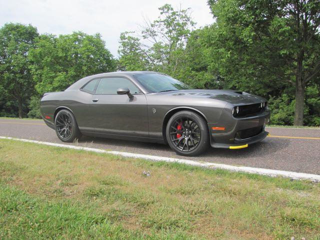 2016 Dodge Challenger SRT Hellcat St. Louis, Missouri 1