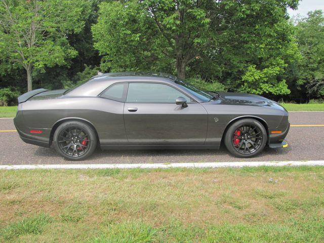 2016 Dodge Challenger SRT Hellcat St. Louis, Missouri 2
