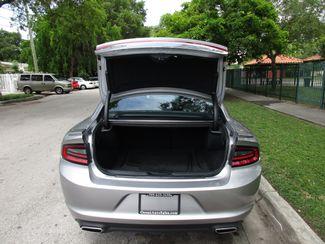 2016 Dodge Charger SXT Miami, Florida 16