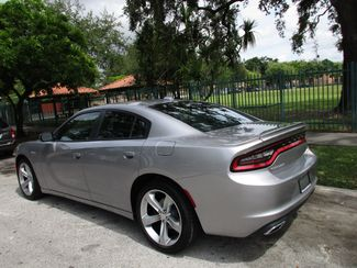 2016 Dodge Charger SXT Miami, Florida 2