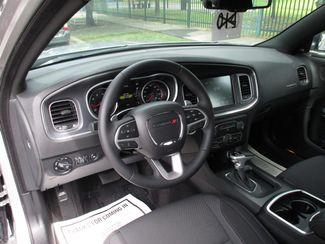 2016 Dodge Charger SXT Miami, Florida 9