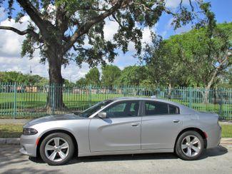 2016 Dodge Charger SXT Miami, Florida 1