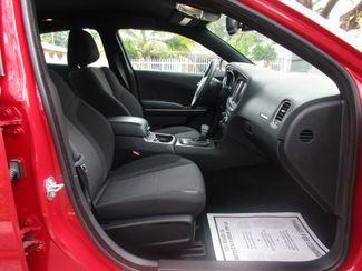 2016 Dodge Charger SXT Miami, Florida 14