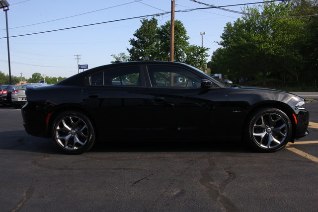 2016 Dodge Charger R/T Mooresville , NC 8