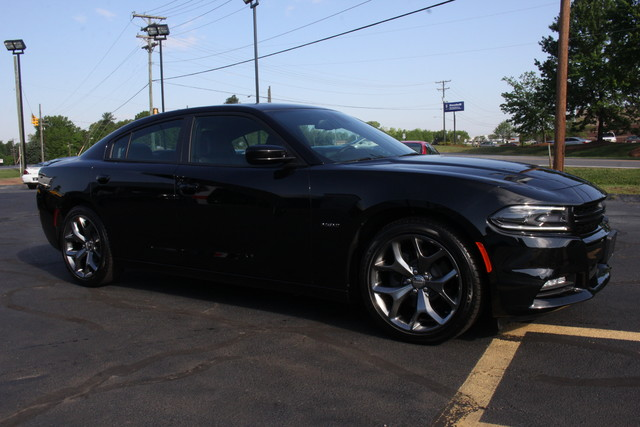 2016 Dodge Charger R/T Mooresville , NC 9